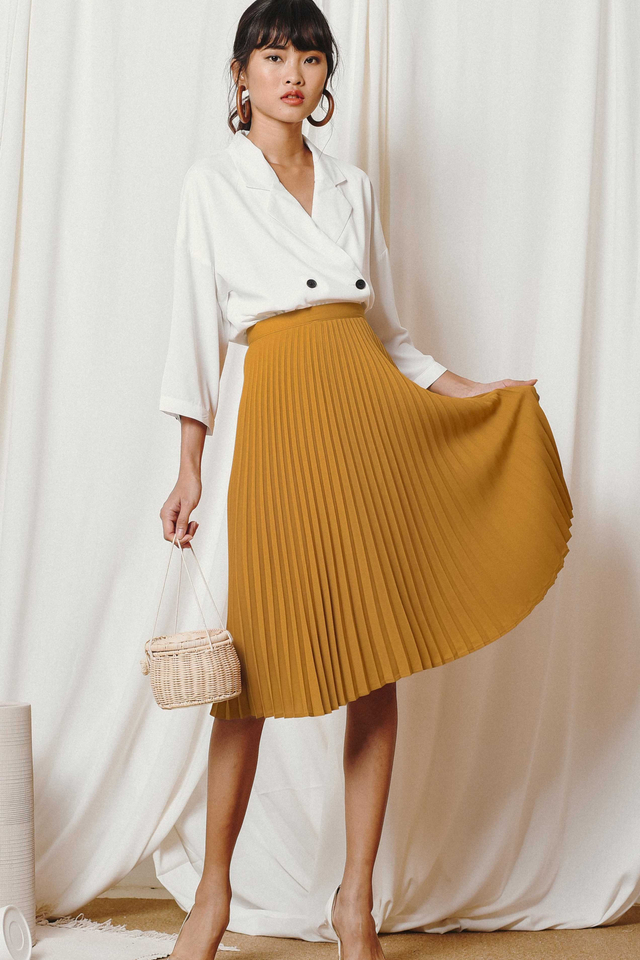 KELLY PLEATED MIDI IN MUSTARD