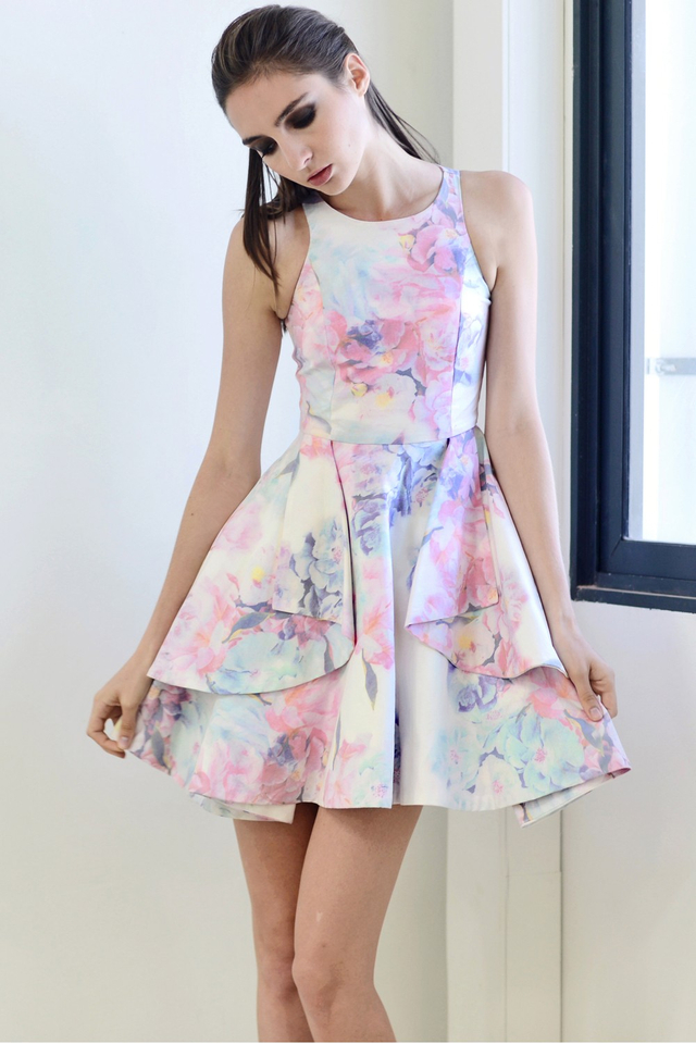 *PREMIUM**BRIDGE* Origami Fold Dress in Florals