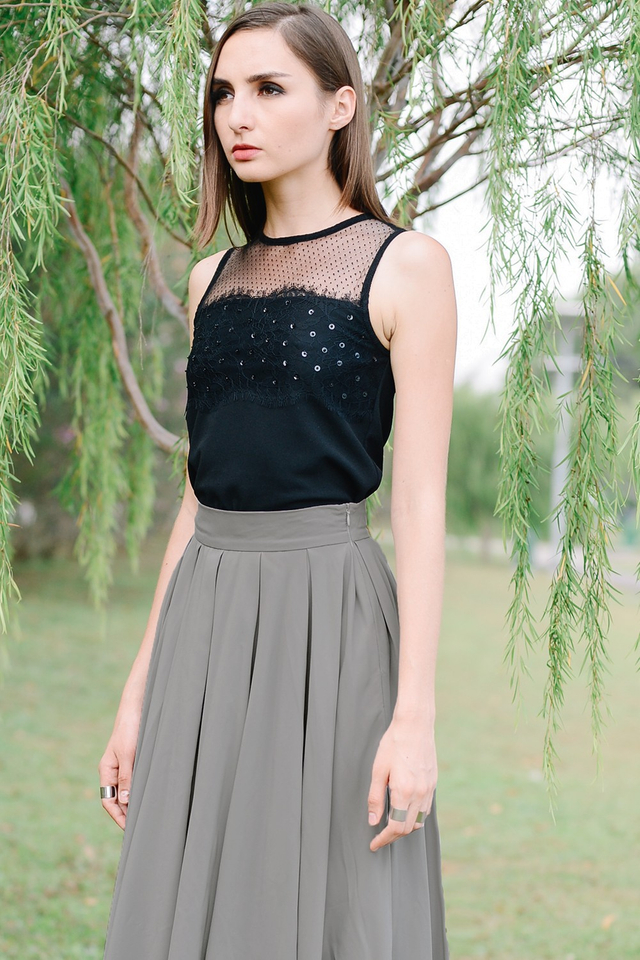 *BRIDGE* Sequin Lace Top in Black