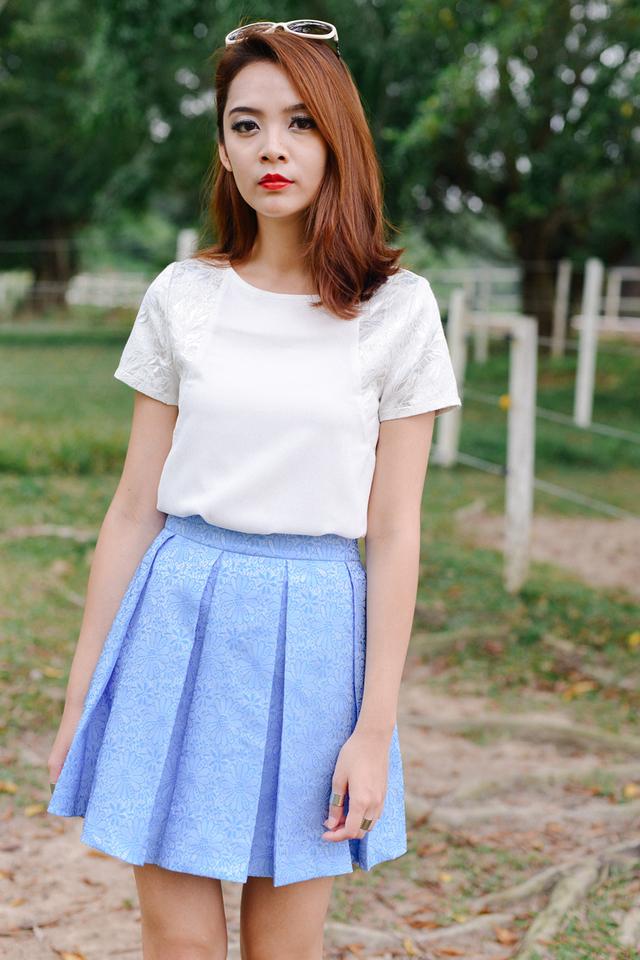 *BRIDGE* Sander Pleated Skirt in Blue