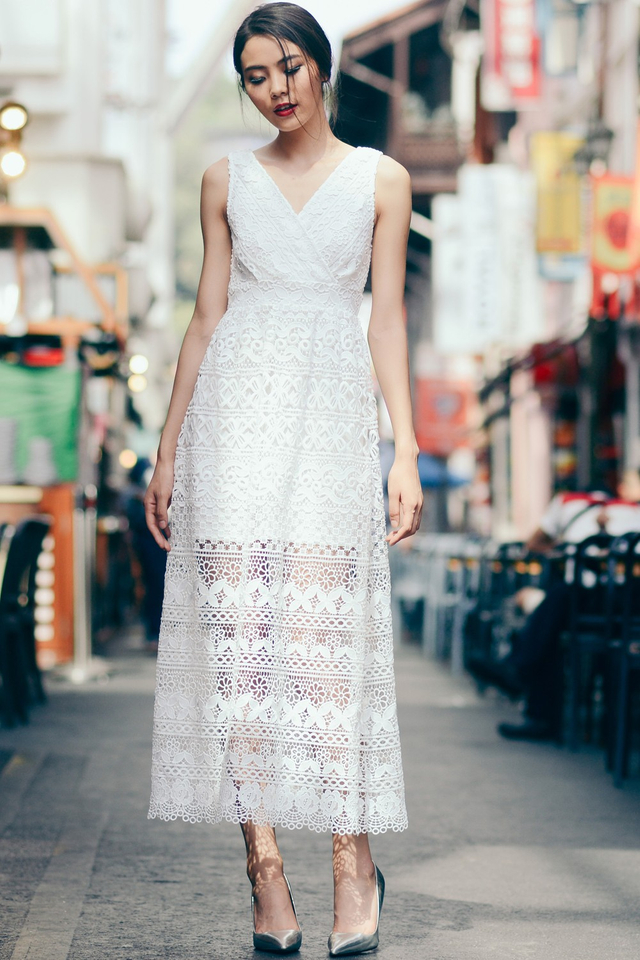 *PREMIUM**BRIDGE* Blanchett Maxi in White