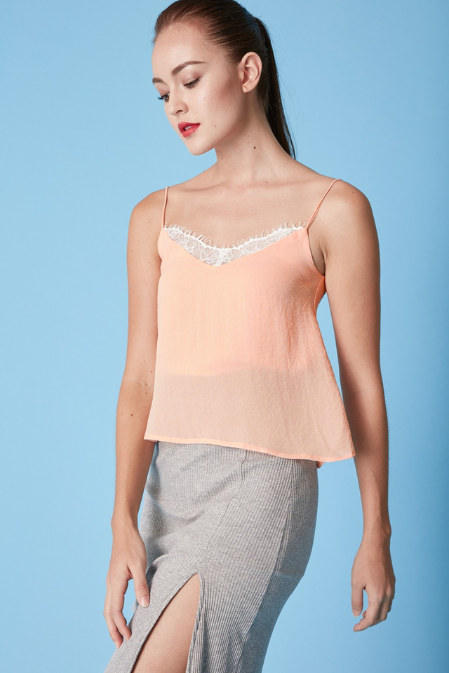 *BRIDGE* Avery Lace Top in Pink