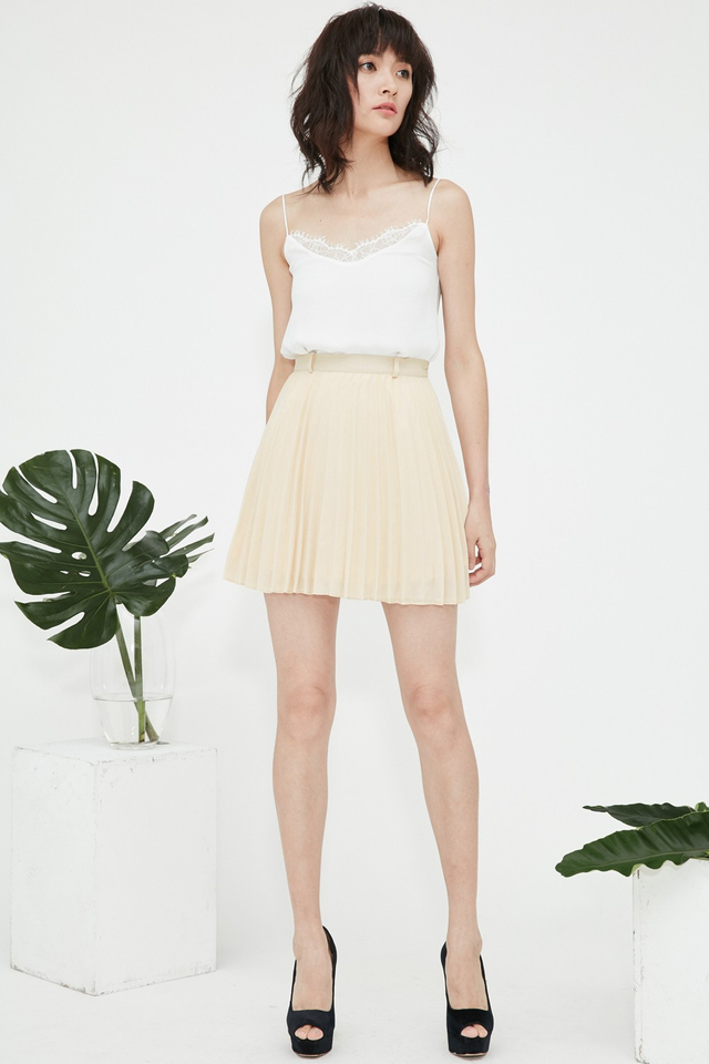 *BRIDGE* Robyn Pleated Skirt in Cream