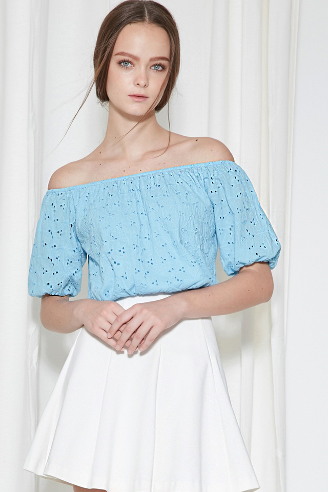 *BRIDGE* Isle Eyelet Off Shoulder in Powder Blue