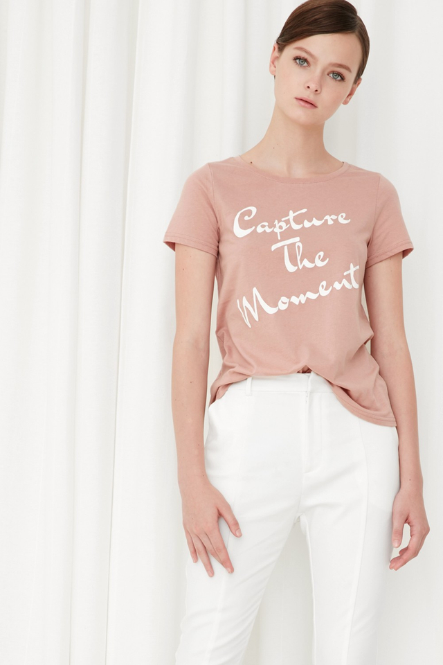 *BRIDGE* Capture The Moment Tee in Pink