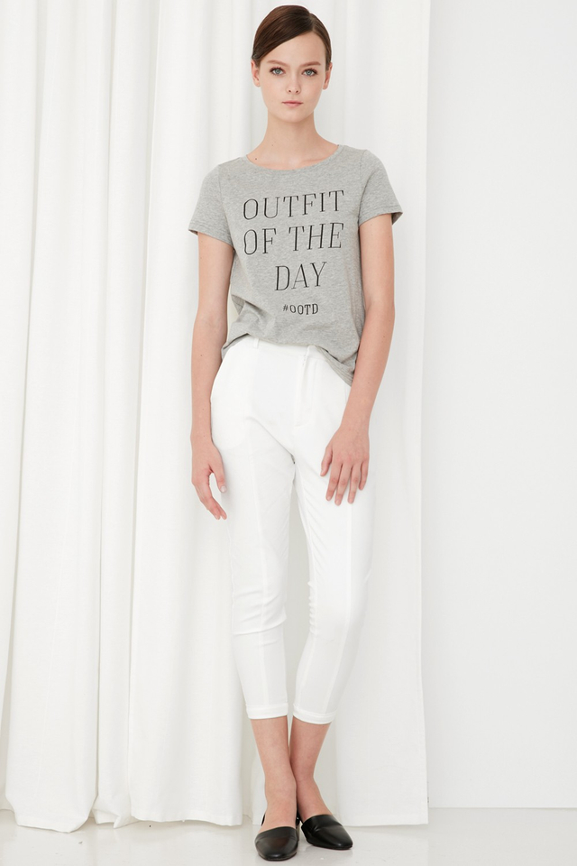 *BRIDGE* OOTD Tee in Grey