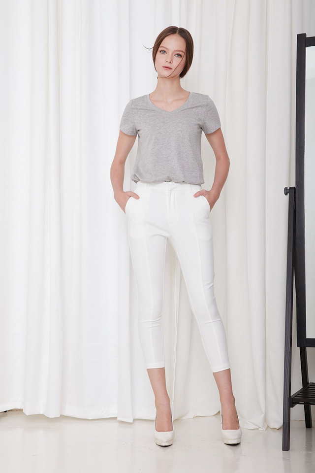 *BRIDGE* Tailored Capris in White