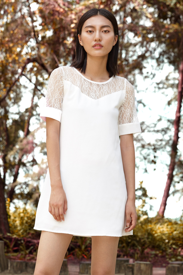 *BRIDGE* Victoria Lace Dress in White